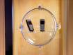 Kugeldisplay aus Acryl f�r Schaufenster mit Saugn�pfen